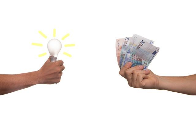 žárovka a peníze.jpg