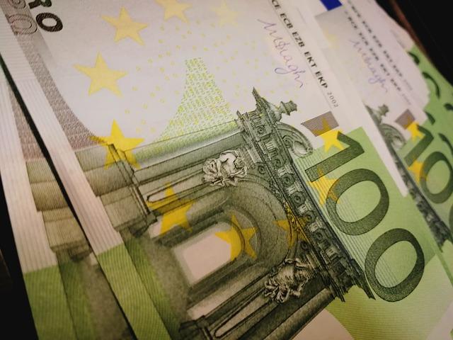 zelené bankovky.jpg