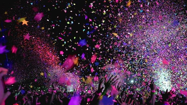 konfety na oslavě.jpg