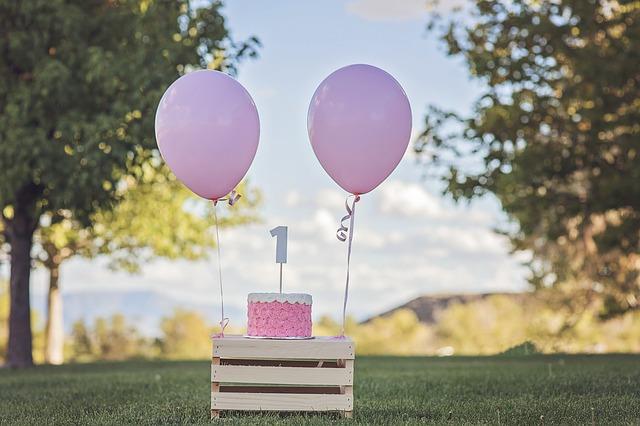 dort k ročním narozeninám
